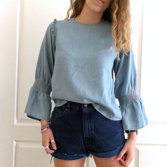 69d72eb2aff Zara Denim Bell Sleeve Top - Blue. M 5b0389693afbbde84e0fe78c